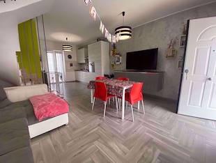 Villa - Aprilia, LT
