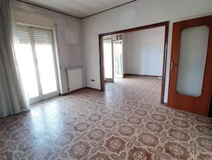 Appartamento - Arzano, NA