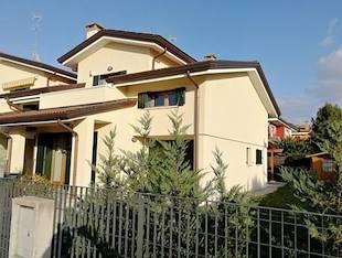 Villa trifamiliare - Cadoneghe, PD